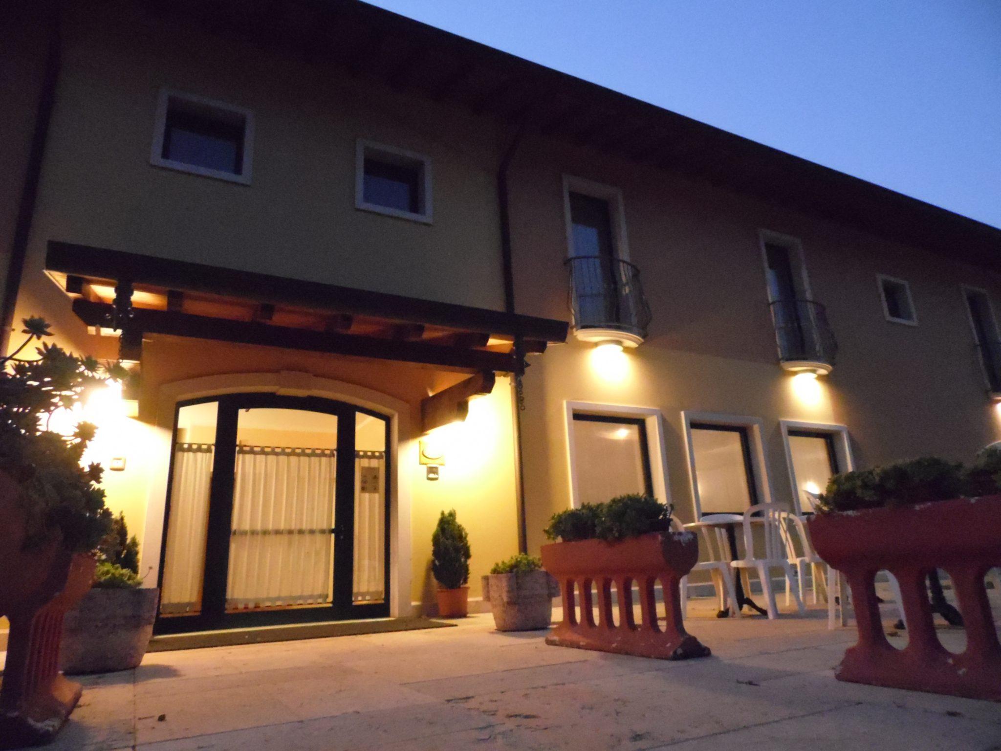 ingresso hotel agli ulivi